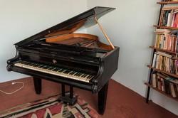 Zongora eladó, használt állapotban
