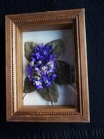 Ibolya virág üvegkeretes képben