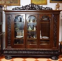 Antik faragott tálaló, nappali, vagy irodai szekrény