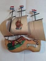 RETRO - Hollandiai Volendámi emlék fapapucs- vitorlás papírdobozban a 60-as évekből