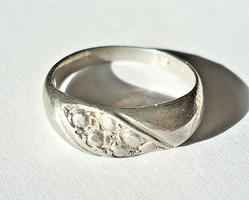 Vésett mintás ezüst gyűrű