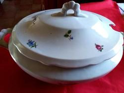 Zsolnay ovális porcelán leveses tál fedővel.