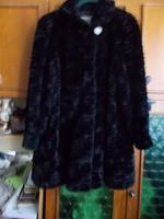 Gabi félhosszú nerc utánzatú műszőrme molett bunda 46 48 50 elegáns bő szép esésű könnyű