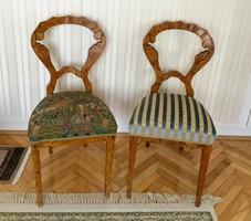 Két felújított gyönyörű Biedermeier szék külömböző huzattal,családi örökség!