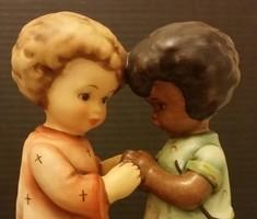 Hummel UNICEF figura, 15 cm --- LIMITÁLT KIADÁS