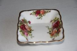 Hullámos peremű tálka - Royal Albert Old Country Roses