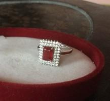 Mélyvörös, természetes 925 ezüst rubin köves gyűrű - örök klasszikus