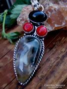 925 ezüst medál Moss Achát-Onyx-Korall kövekkel