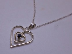 Szép kis kék zafír köves szív ezüstnyaklánc