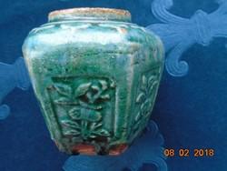 19 sz.kínai zöld hexagonális gyömbértartó-mázas kerámia -dombor virágmintákkal