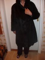 Bunda - Fekete (fóka) bunda újszerű állapotban eladó 44-46 méretben