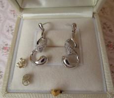 Elegáns ezüst stekker fülbevaló kövekkel - új ékszer