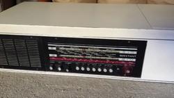 Retro Tesla rádió és lemezjátszó