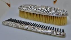 Napi ajánlat! Csodaszép  antik ezüst kefe,fésű szett