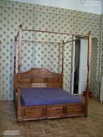 Classic bútor, Baldachinos Barokk ágy.
