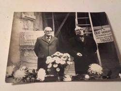 Fotó - Sarlós István látogatása a templomban 1983.március 11.