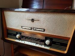 Terta T 529 MG Rádió - zeneszekrény szinte újszerű állapotban, működőképesen, kb. 1960-as modell