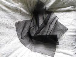 Elegáns fekete muszlin kendő vagy gyász kendő 69 x 69 cm