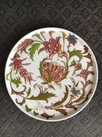 Korai Fischer Vilmos (Kolozsvárt) email festésű tányér, Elbogen porcelánra