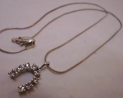 Szépséges szerencsepatkós  ezüstnyaklánc