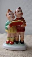Éneklő gyerekek kerámia figura