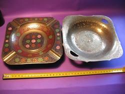 2 indiai díszített réz kínáló tál össz. 1,3 kg