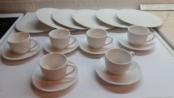 Porcelán kávéskészlet + 6 db süteményes tányér eladó!