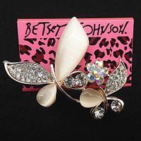 Betsey Johnson Két Pillangó bross