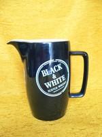 Porcelán Black & White kiöntő