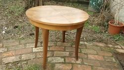 Bieder stílusú asztal szép íves lábakkal ( 66 cm magas) - Szuper kedvező áron!