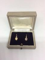 Hibátlan, Eredetei Osztrák Szecessziós 14 karátos arany button fülbevaló opál és gyöngy kővel
