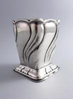 Ezüst vázácska