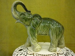 Porcelán elefánt 102856