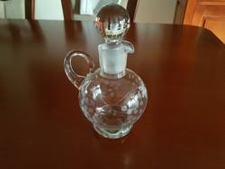 Tündéri metszett üveg kiöntő