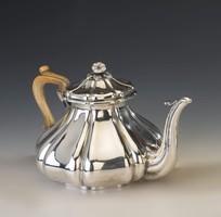Ezüst antik bécsi teáskanna