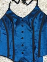 Gyönyörű kék Mider felsőruha Makány Márta iparművész szalonból.