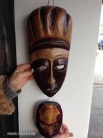 Eredeti kókusz, faragott fejek dekoráció Haitiból