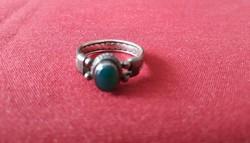 Jáde köves, csinos ezüst gyűrű