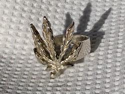 Ezüst gyűrű, unisex! Kanabiszos forma!