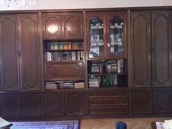 Olasz tömörfa szekrénysor