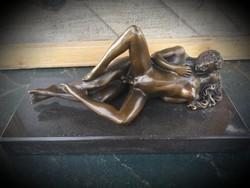 Erotikus jelenet 2 - bronz szobor