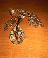 """Csodaszép, úgynevezett """"dublé arany"""" lánc gyöngyökkel díszített medállal"""