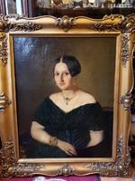 Bieder női portré gyönyörű ékszerekkel