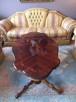 Exkluzív, nagy méretű, minőségi ülőgarnitura /kanapé+2fotel/ megkímélt állapotban!
