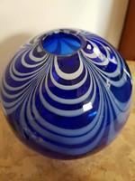Gyönyörű örvénylő kék Muránói üveg gömb váza