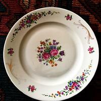 Victoria rózsás porcelántányér