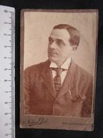 FOTÓ FOTÓGRÁFIA FÉNYKÉP MŰTERMI JELZETT KEMÉNYHÁTÚ ELŐKELŐ ÚR FÉRFI KÉPMÁS SZÉKESFEHÉRVÁR cca 1890
