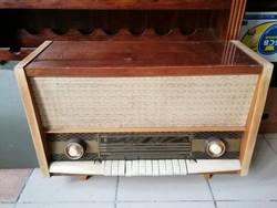 Régi rádió jó állapotban