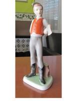 Drasche kézzel festett favágó fiú porcelánszobor