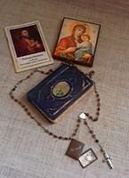 Régi német nyelvű imakönyv imafüzet füzet Máriazell medálion tokjában kegytárgy rózsafüzér egyben